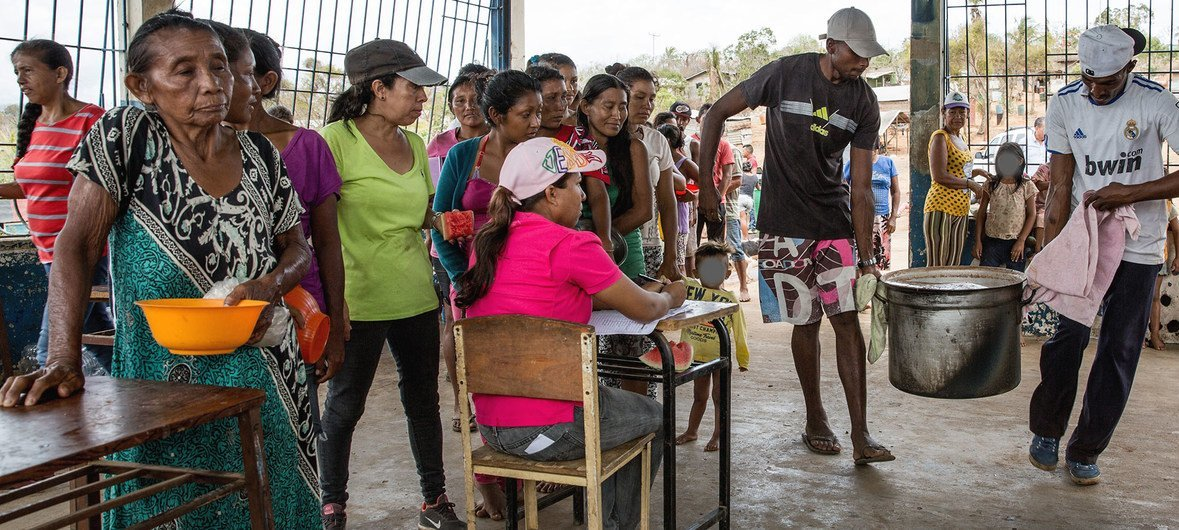 One in three Venezuelans not getting enough to eat, UN study finds