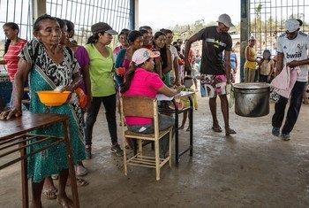 Distribución de comida en Venezuela.