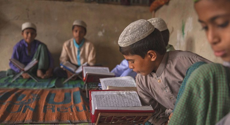Friday's Daily Brief: Education key for Rohingya, DR Congo violence continues, Zimbabwe protest latest, women's rights in Iran, environmental protection