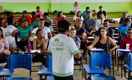 Secretaria Especial de Saúde Indígena (SESAI) do Ministério da Saúde tem feito várias atividades em áreas vulneráveis para reduzir a hiperinfestação e casos graves da doença.