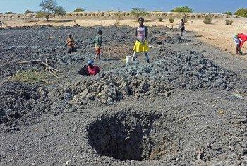 A província angolana do Cunene recebe três contentores de bens para apoiar programas em prol das populações vítimas da seca.