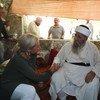 الممثلة الخاصة للأمم المتحدة، جينين هينيس-بلاسخارت، تزور سنجار في الذكرى السنوية الخامسة للفظائع الرهيبة التي ارتكبها إرهابيو  (داعش) ضد الطائفة الإيزيدية في العراق.