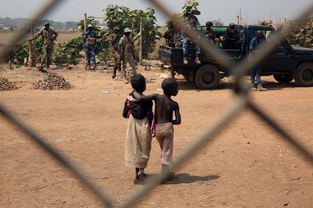 Au Soudan du Sud, la MINUSS a établi une base à Yei pour protéger les habitants de la violence.