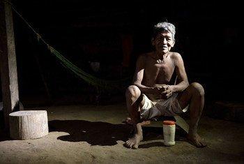 El rechazo a los tratamientos y a las medidas de prevención, incluida la vacunación, es común en los pueblos indígenas de toda la Amazonía.
