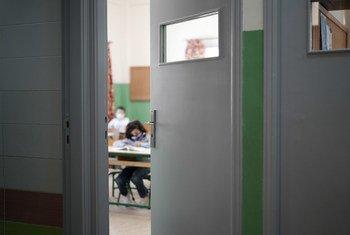 Una escuela pública en Beirut que reabrió tras la explosión del puerto en 2020 gracias a la ayuda de UNICEF