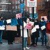 من الأرشيف: مظاهرة لدعم أليكسي نافالني في لندن بالمملكة المتحدة في بداية عام 2021.