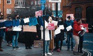 今年年初,英国伦敦街头支持纳瓦利内的游行示威。