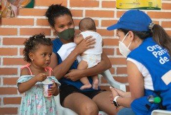 Вот уже полтора года гуманитарным сотрудникам приходится работать в условиях пандемии.