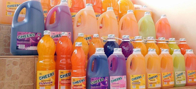 Botellas de jugos en Uganda