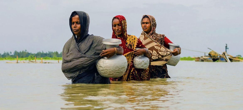 孟加拉国数百万人受到洪水等气候冲击的影响。