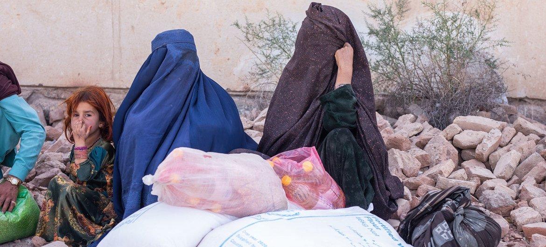 Secretário-geral pede que mulheres e meninas estejam o centro das atenções no Afeganistão