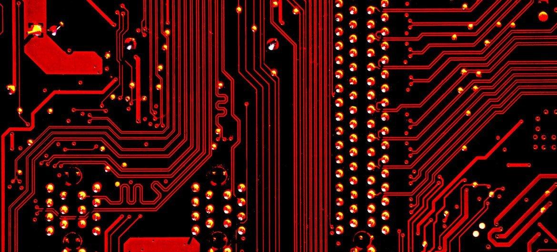 L'intelligence artificielle pourrait avoir des effets négatifs, voire catastrophiques si elle est utilisée sans prendre suffisamment en compte la manière dont elle affecte les droits humains