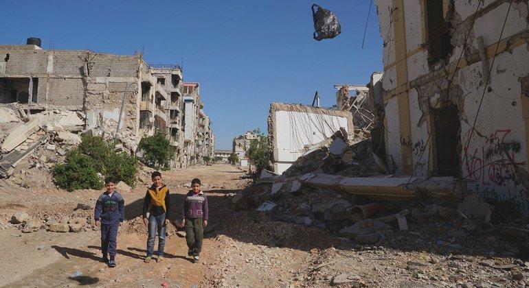 من الأرشيف: تعرضت مدينة بنغازي القديمة في ليبيا للدمار جراء سنوات من الصراع.