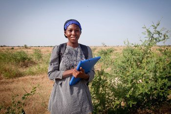 Barkissa Fofana, a young microbiologist from Burkina Faso, is confident that science can help combat climate change and desertification.