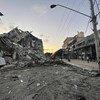 الضربات الإسرائيلية تدمر مبان وبنى تحتية في غزة.