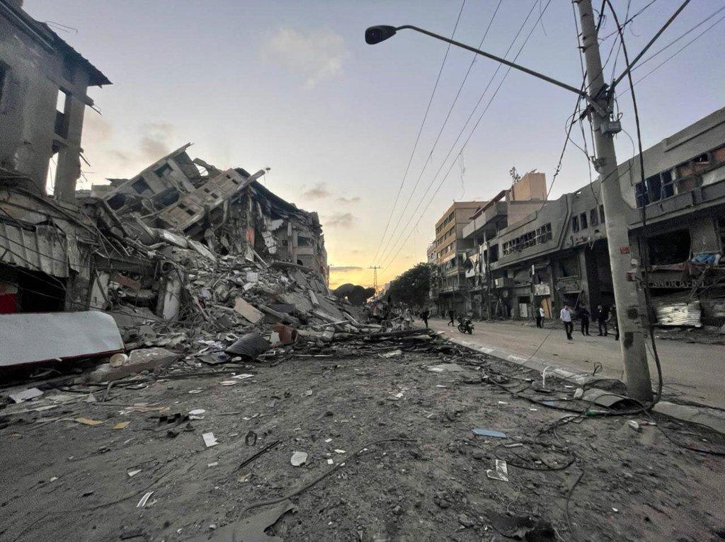 Les frappes israéliennes ont détruit des bâtiments et des infrastructures à Gaza.
