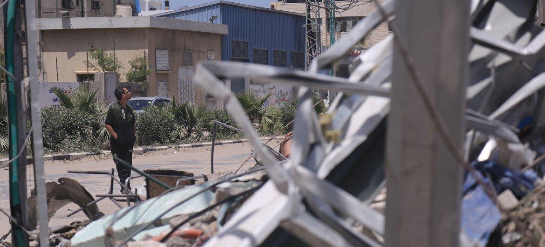 لا تزال غزة تتعرض لقصف بالصواريخ مع استمرار الأعمال العدائية.