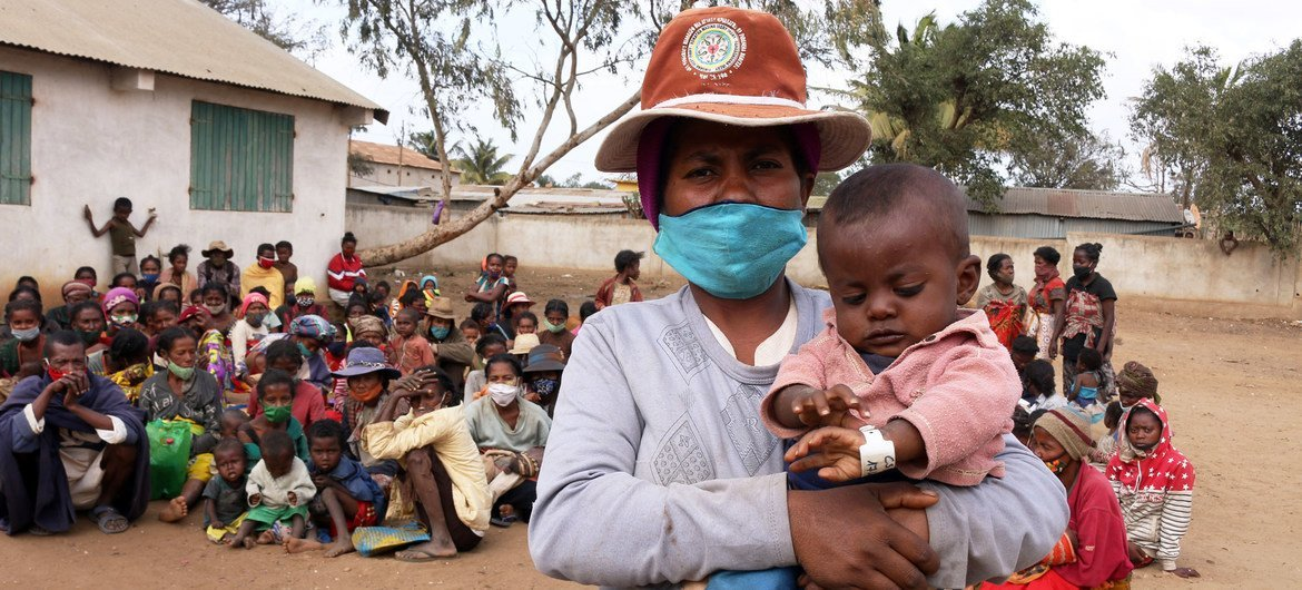 Many children successful  the southbound  of Madagascar are suffering from malnutrition.