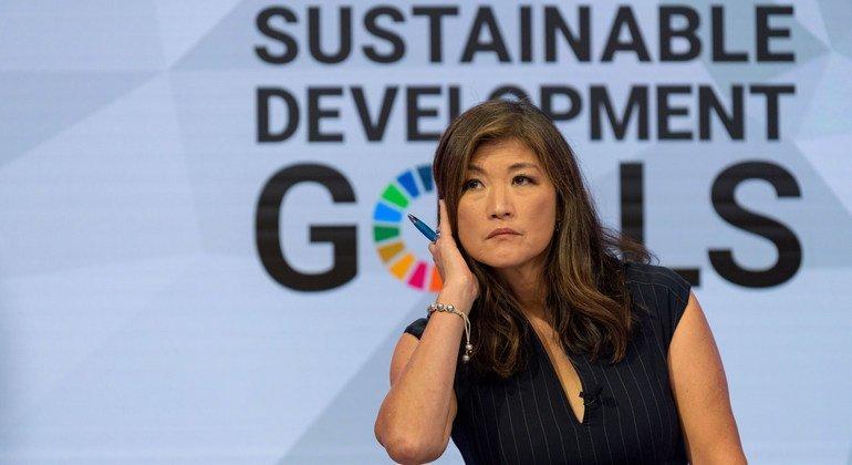 एबीसी न्यूज़ प्रस्तुतकर्ता जूजू चैंग, ने यूएन मुख्यालय में युवजन व जलवायु परिवर्तन पर आयोजित एक चर्चा में सूत्रधार की भूमिका निभाई.