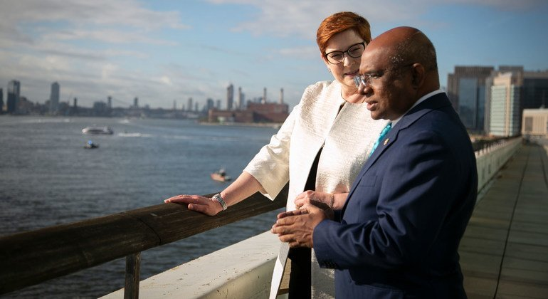 Abdulla Shahid (right), President of the 67th session of the UN General Assembly, talks to Marise Payne, Minister for Foreign Affairs of Australia.