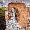 L'Alchimiste est une fresque de 40 mètres de haut qui a été peinte sur le côté d'une propriété à Bruxelles.