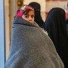 सीरिया के पूर्वोत्तर इलाक़े में स्थित अल होल शिविर में बच्चे कठिन हालात में गुज़ारा कर रहे हैं.