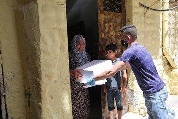 De nombreuses familles de Gaza ont besoin d'une aide humanitaire pour survivre et reçoivent des colis alimentaires de l'UNRWA, l'agence des Nations Unies travaillant dans la région.