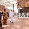 संयुक्त राष्ट्र की उप महासचिव आमिना जे मोहम्मद, दुबई ऐक्सपो 2020 में यूएन हब का दौरा करते हुुए.