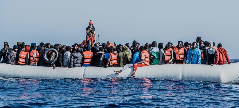 移民仍不断冒着生命危险试图从利比亚横渡地中海抵达欧洲。