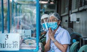Para cerca de66% dos países,razões relacionadas à força de trabalhosão as principaiscausasdasinterrupções em hospitais