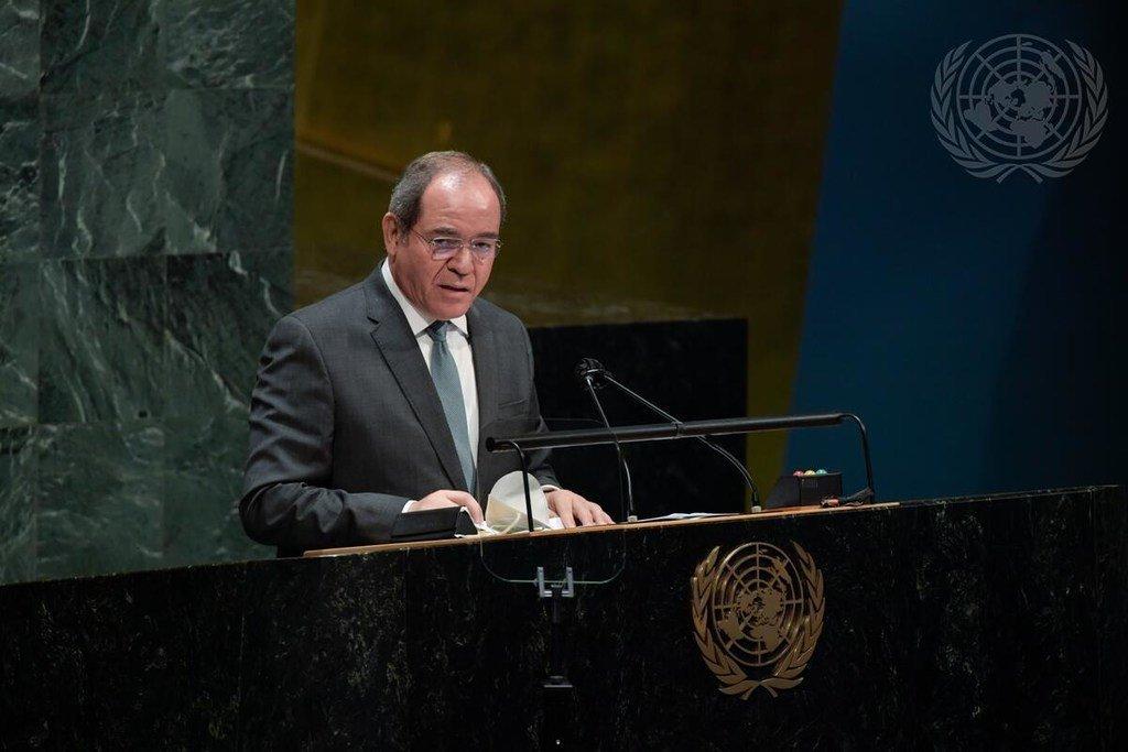 صبري بوقدوم، وزير خارجية الجزائر، يلقي كلمة أمام جلسة الجمعية العامة بشأن الحالة في الشرق الأوسط وقضية فلسطين.