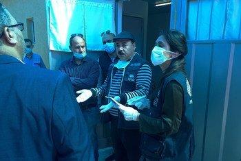 وفد منظمة الصحة العالمية يتفقد مراكز الحجر الصحي الاحترازية في قطاع غزة