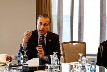 الدكتور معز دُريد، مدير المكتب الإقليمي للدول العربية بهيئة الأمم المتحدة للمرأة، يتحدث خلال مؤتمر مراجعة إعلان ومنهاج بيحين في العاصمة الأردنية عمان.(28/11/2019)