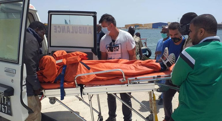 Countries urged to target smugglers after 27 migrants die at sea