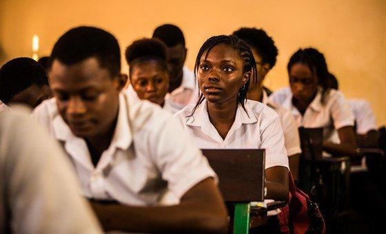Rápido aumento do número de jovens com diploma na força de trabalho superou a demanda por mão de obra graduada