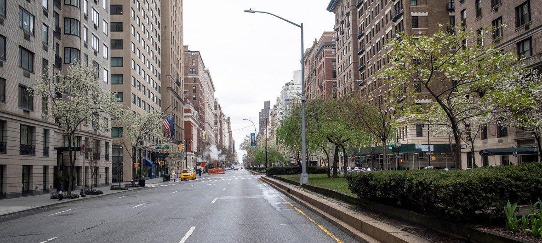 La avenida Park de Nueva York, vacía por las medidas de confinamiento del coronavirus.