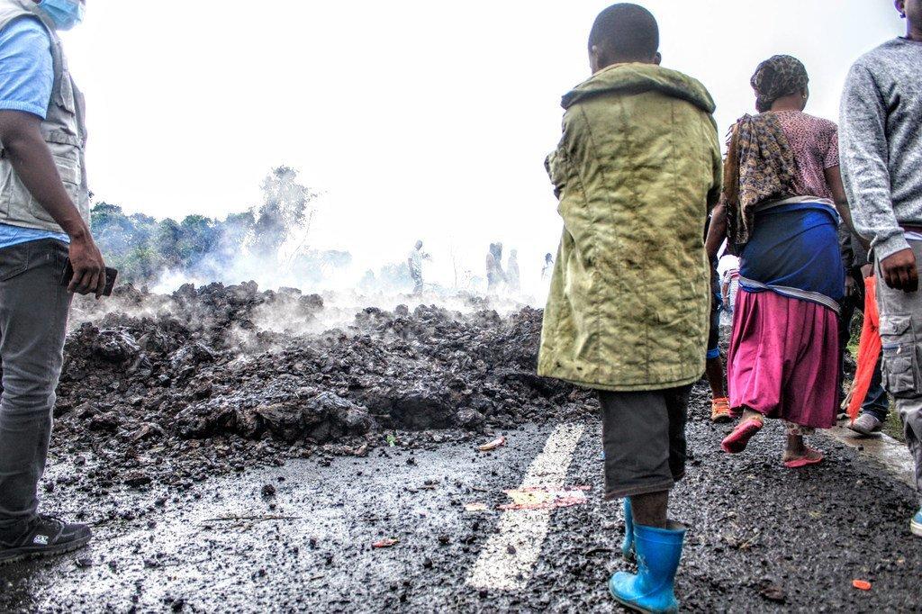تدفقات الحمم البركانية من ثوران بركان جبل نيراغونغو وصلت إلى حافة مدينة غوما.