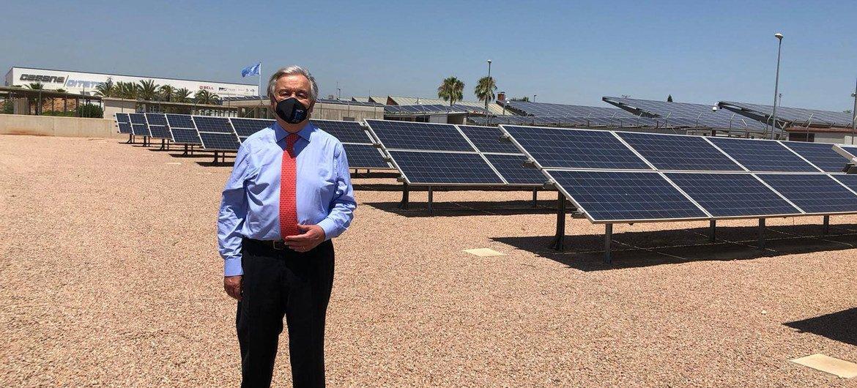 Переход на возобновляемые источники энергии должен помочь сдержать глобальное потепление климата, считает Генсек ООН.
