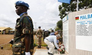 The UN Secretary-General António Guterres lays a wreath for fallen peacekeepers in Mavivi town in the eastern Democratic Republic of the Congo on 1 September 2019.