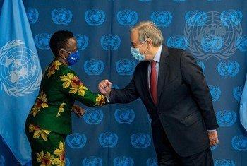Waziri wa Mambo ya nje na ushirikiano wa kimataifa wa Tanzania António Guterres Balozi Liberata Mulamula alipokutana na Katibu Mkuu
