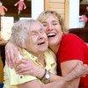 يعد الخرف أحد الأسباب الرئيسية للإعاقة والتبعية بين كبار السن في جميع أنحاء العالم.
