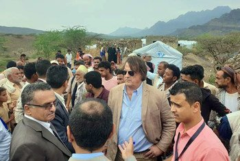 UN Resident and Humanitarian Coordinator for Yemen, David Gressly (centre) is pictured on a four-day mission to Yemen.