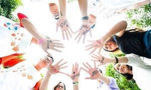 """联合国妇女署在北京王府学校开展的""""创建健康校园关系同伴领导力""""倡议"""