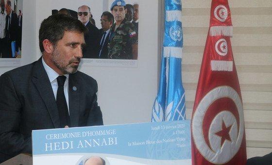 المنسق المقيم للأمم المتحدة في تونس، دييغو زوريلا، يلقي كلمة الأمين العام خلال إحياء ذكرى الراحل هادي العنابي، الممثل الخاص السابق للأمين العام للأمم المتحدة ورئيس بعثة الأمم المتحدة لتحقيق الاستقرار في هايتي. UN Tunisia/Ammar Louati
