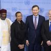 Церемония поднятия флагов вновь избранных непостоянных членов Совбеза.  На фото кроме представителей пяти новых членов Совбеза также посол Казахстана, как страны, которая инициировала такую церемонию .