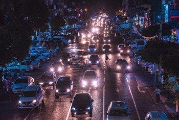 Anawrahta Road à Yangon Myanmar, photographiée avant les récents événements