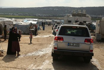 UN humanitarian officials crossed from Turkey into Syria's Idlib province to assess the needs of displaced communities.