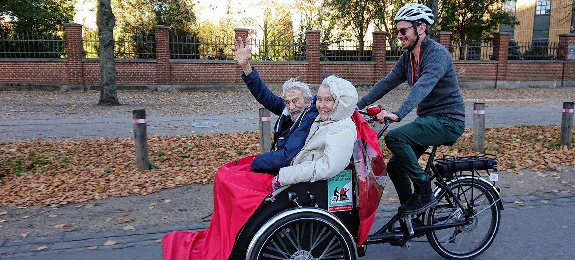 Les personnes âgées ne doivent pas renoncer au vélo.