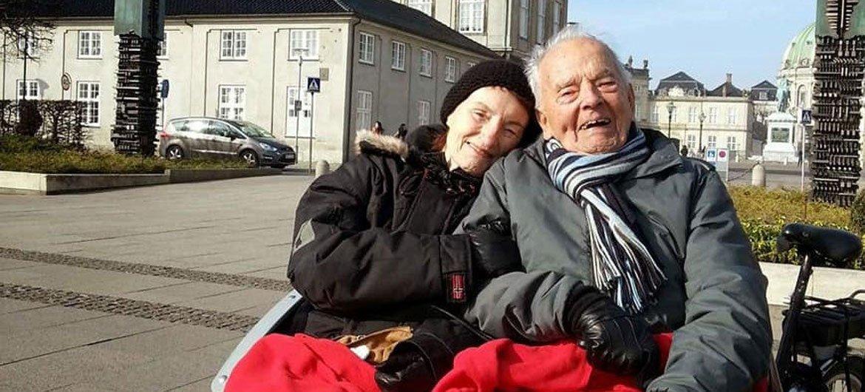 Thorkild (à droite) lors d'une randonnée à Copenhague, au Danemark.
