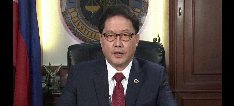 菲律宾司法部长格瓦拉(Menardo Guevarra)在首都马尼拉通过视频直播形式参加人权理事会会议。